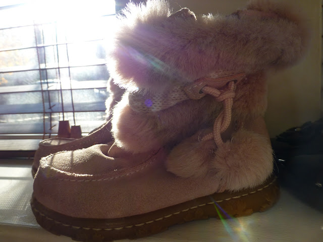 pink suede girls boots