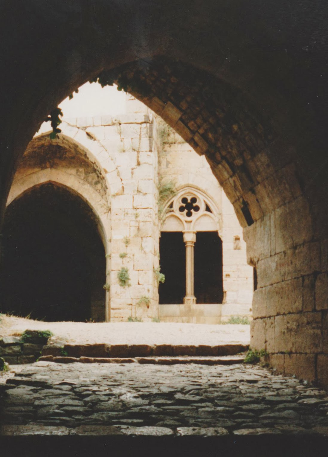 Another interior image of Krak