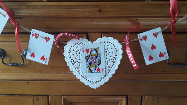 Make A Valentine Banner