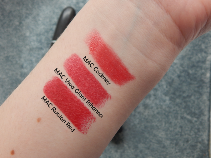 swatches MAC Cockney MAC Viva Glam Rihanna MAC Russian Red
