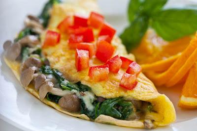 เมนู ไข่เจียวเห็ดโคนหลวงผักโขม (Japanese Brown Beech Mushroom Omelet)