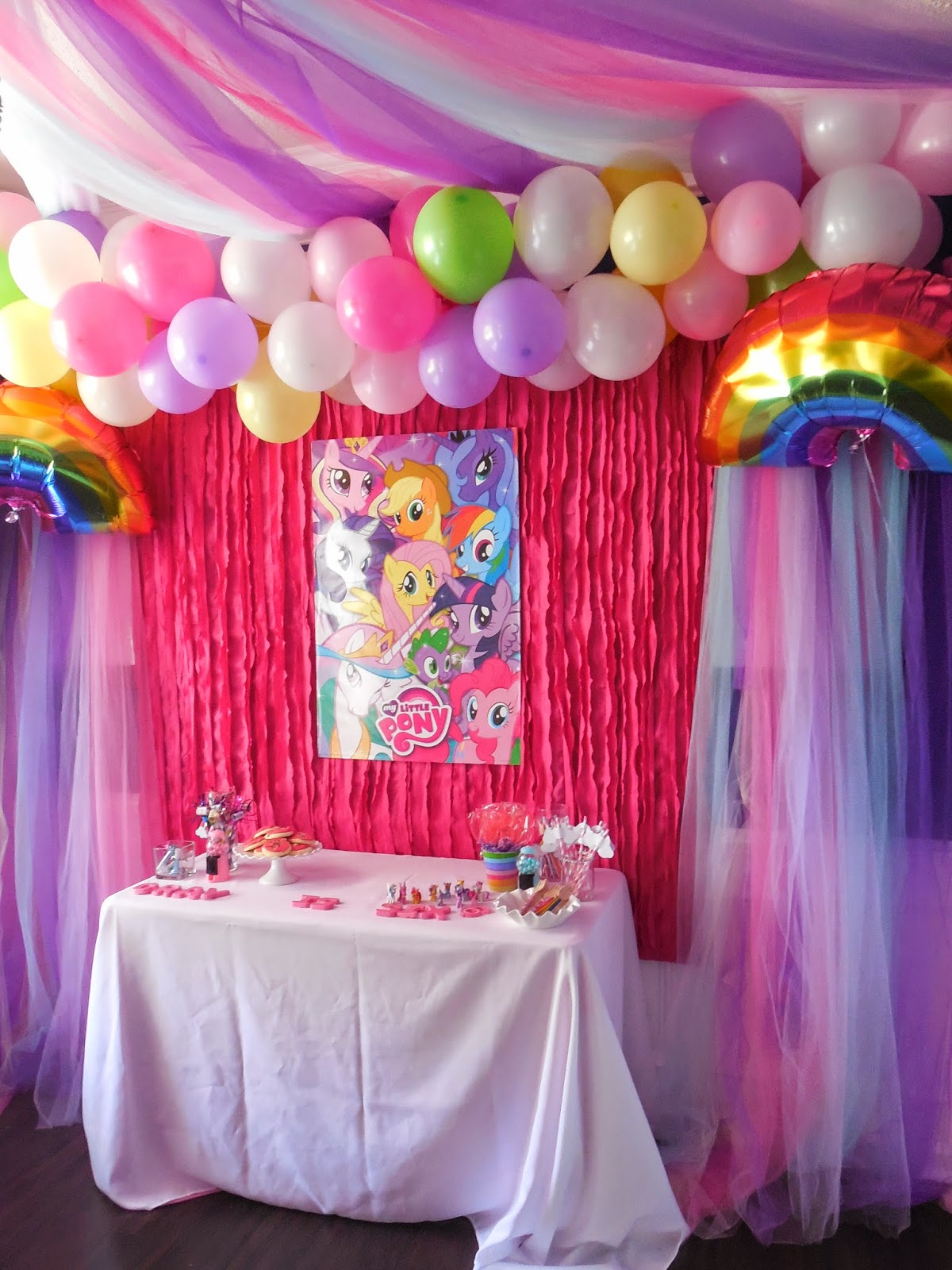 Raising them up right my little pony party for Birthday decoration ideas at home with balloons
