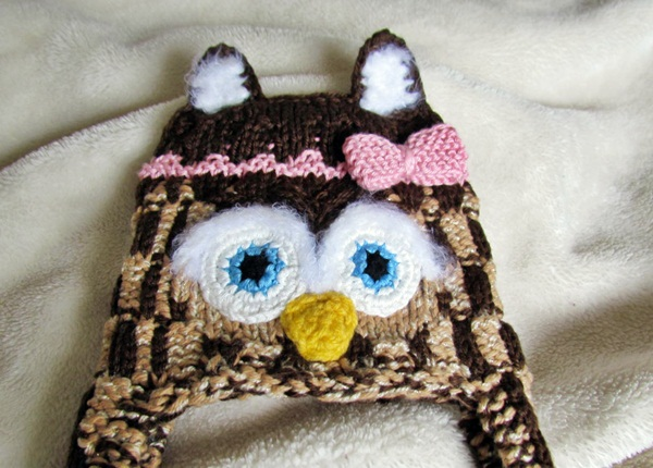 The Yarn Art Cafe Knitted Owl Hat