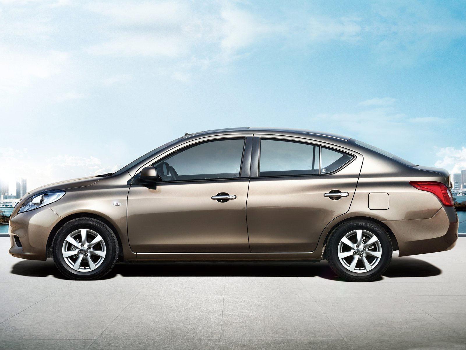 2012 Nissan Sunny Car Desktop Wallpaper