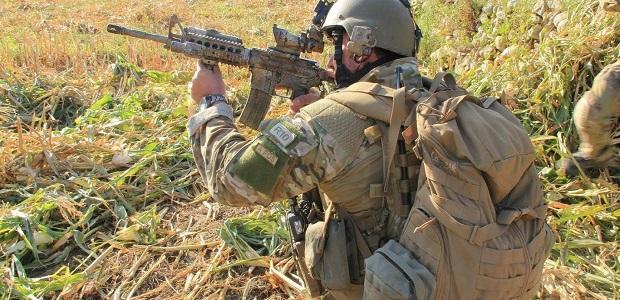 Άνδρας των SAS αποκεφάλισε με σπαθί ισλαμιστή της ISIS σε 6ωρη φονική μάχη!