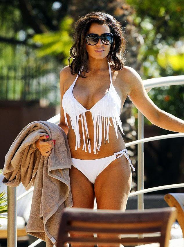 English:Jessica Wright White Bikini Morocco February 7, 2014