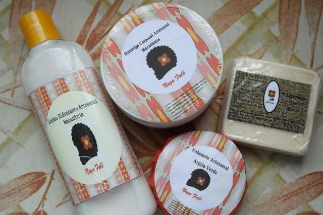 cheiro-de-fulo-cosmeticos-artesanais-hidratante-manteiga-corporal-nega-fulo-sabonete-arroz-argila-verde-hidratação-pele-seca-negra