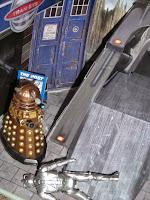 Daleks vs Cybermen