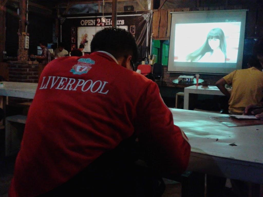 Suasana sebelum pertandingan Liverpool