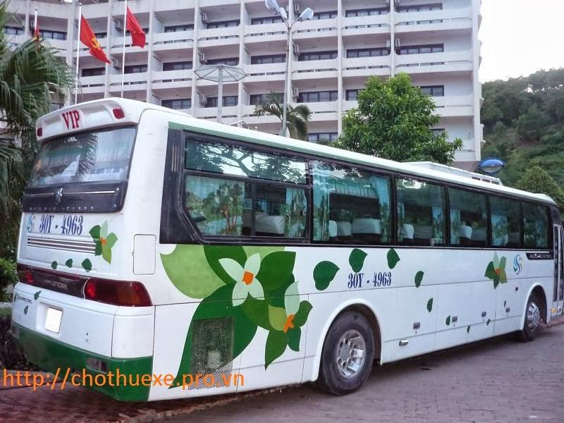 Cho thuê xe 45 chỗ đón tiễn sân bay Huyndai Hi-Lass