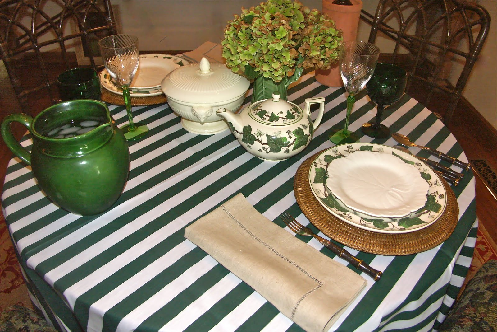 The Green And White Striped Tablecloth Is One Of Three That I Bought For A  Song On EBay. It Was A Nice And Easy, U0027coolu0027 Choice For A Hot Day.