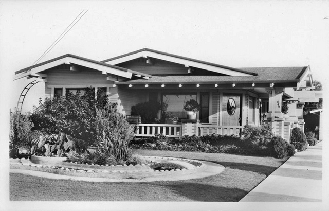 ABOVE Classic Craftsman Style Bungalow In Huntington Beach Circa 1935 Photo Pomona Public Library The Difference Between A And Cottage