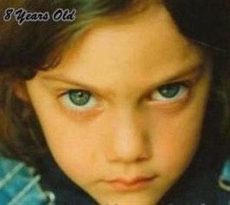 السلطانة هيام وهي طفلة - ميريام أزرلي وهي صغيرة