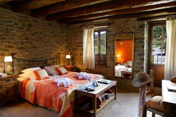 Sin entrar en tu casa un refugio en el pirineo aragon s - Hotel casa de san martin ...