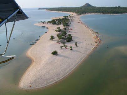 Vila Alter do Chão - belas praias de areias brancas - vista aérea