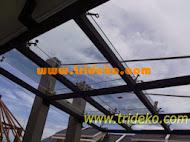 Canopy Kaca