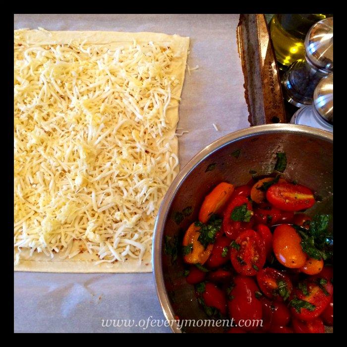 tomato tart, cheese, tomatoes, puff pastry
