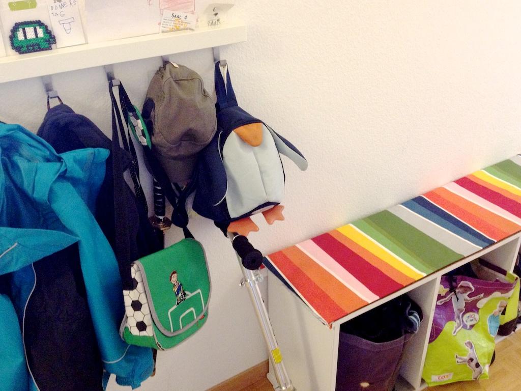 Schaeresteipapier wohnen mit kindern for Garderobe kinder