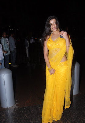 Madhurima at Santosham Film Awards