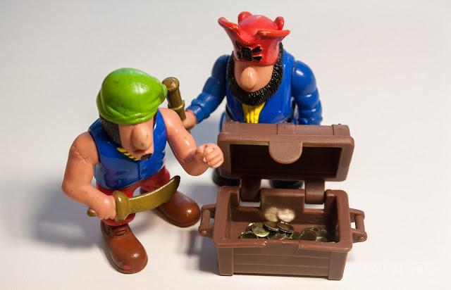 играем в пиратов и сокровища