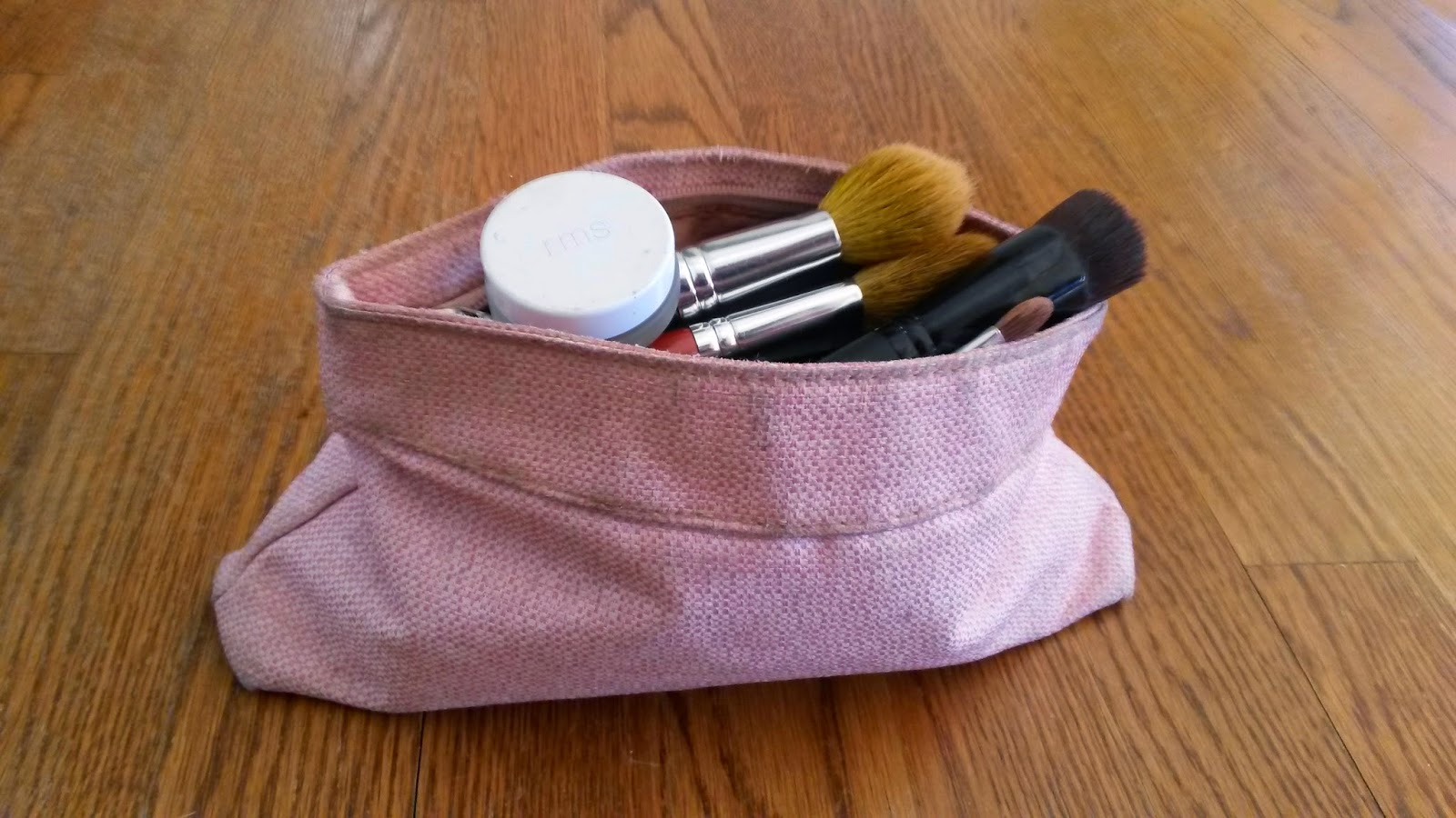 The Delightful Carry-on Essential - Make-up Bag