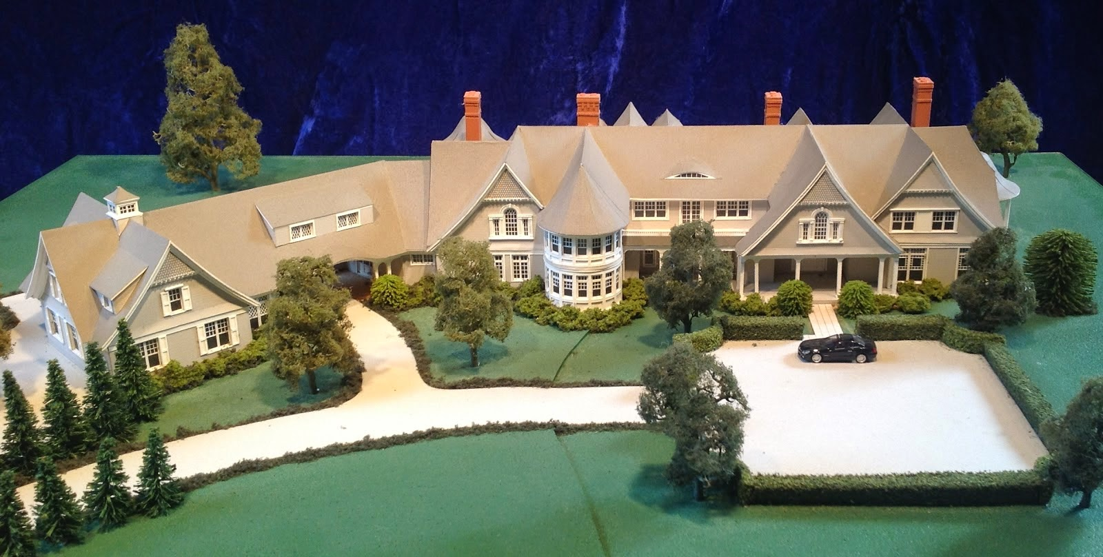 Houses of the hamptons for Hamptons home and garden design penarth