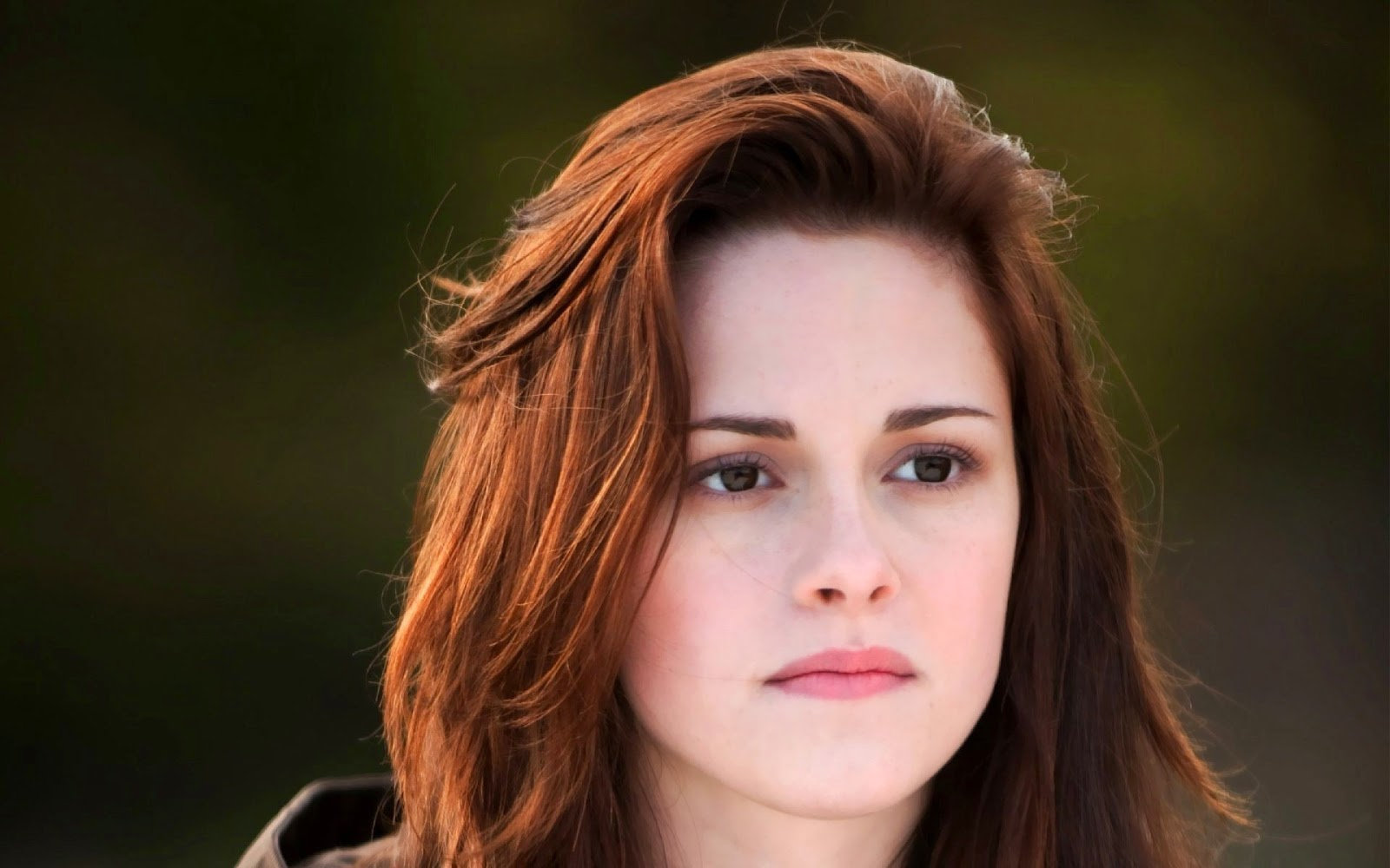 Kristen Stewart No-Makeup Style makeup
