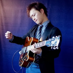 ギターインストラクター奥田英理