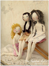 The papillons Dolls