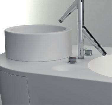 Многофункциональная ванна Shiro от Gavin Harris