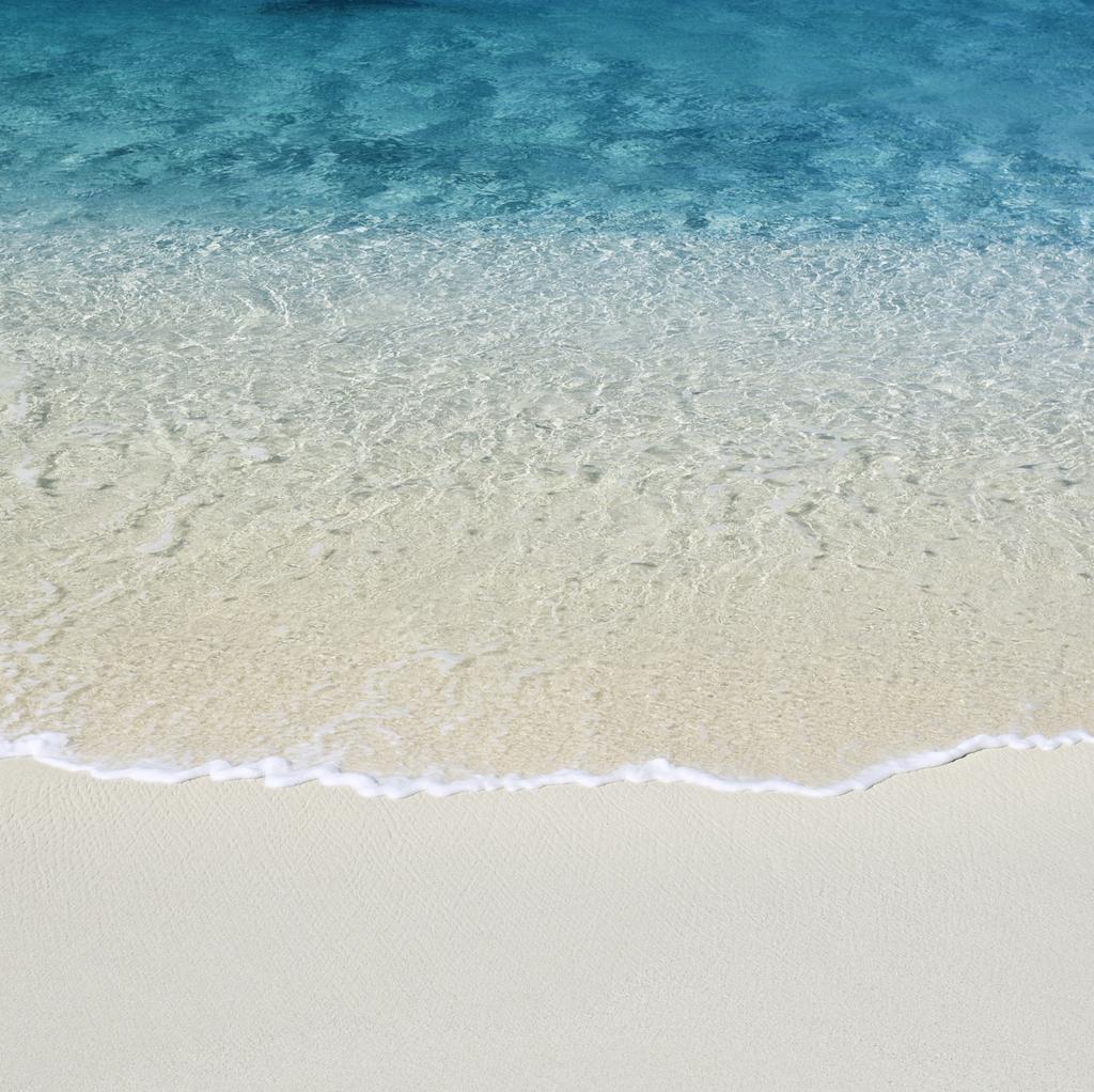 http://4.bp.blogspot.com/-w4k3MYfQ7-g/TdQRmNK8MxI/AAAAAAAAAmo/CTkOddzaOAA/s1600/Beach.jpg