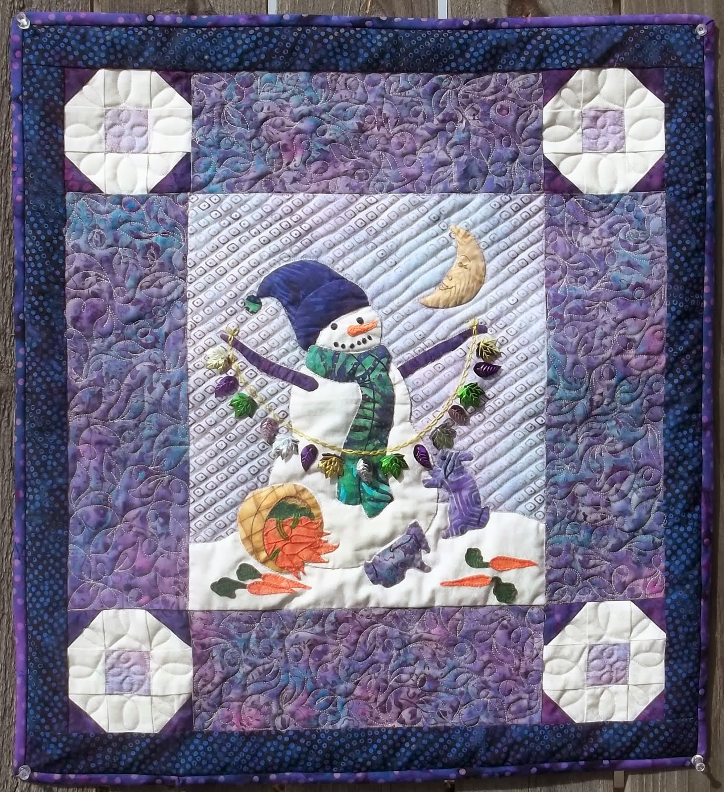 """Midnight Feast"" Wall Hanging Pattern"
