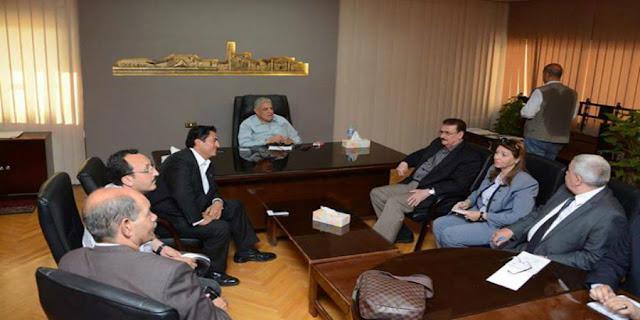 رئيس الوزراء يجتمع بالقيادات التنفيذية ... لمناقشة خطط العمل بالمحافظة