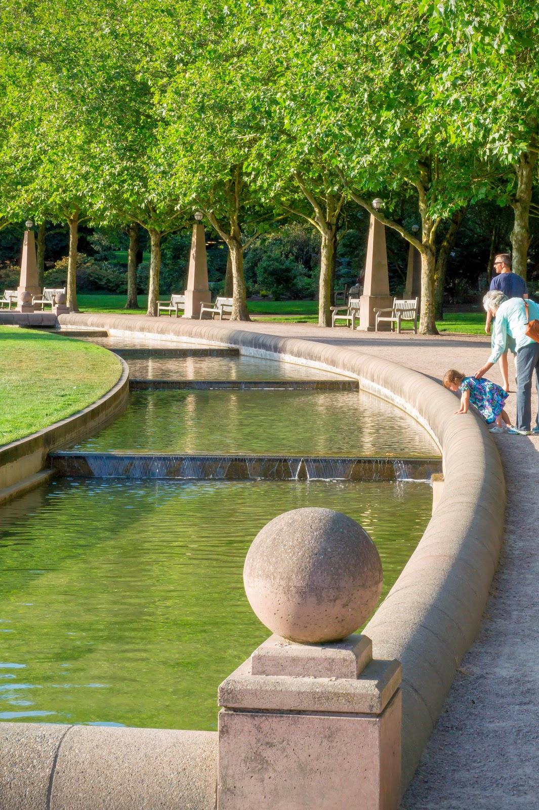 """Канал в парке """"Даунтаун"""""""