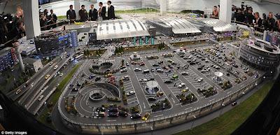 [Internacional]  (Imagens) Aeroporto de Hamburgo em miniatura  Knuffingen-airport_01+%25282%2529