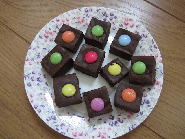 Easy chocolate fudge kids recipe