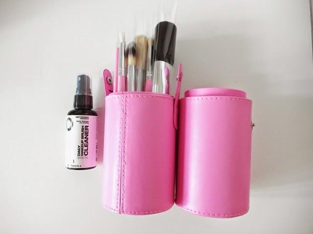 Com Makeup Brushes