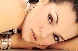 Dewi Sandra - Artis Cantik Hot