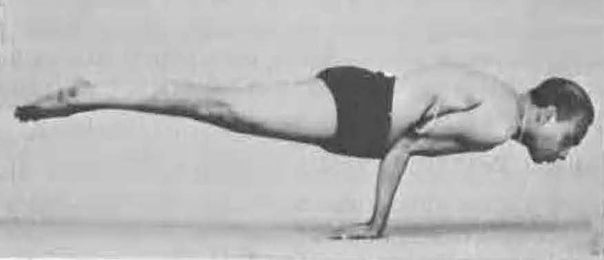 Yoga Postura Mayurasana - B.K.S. Iyengar