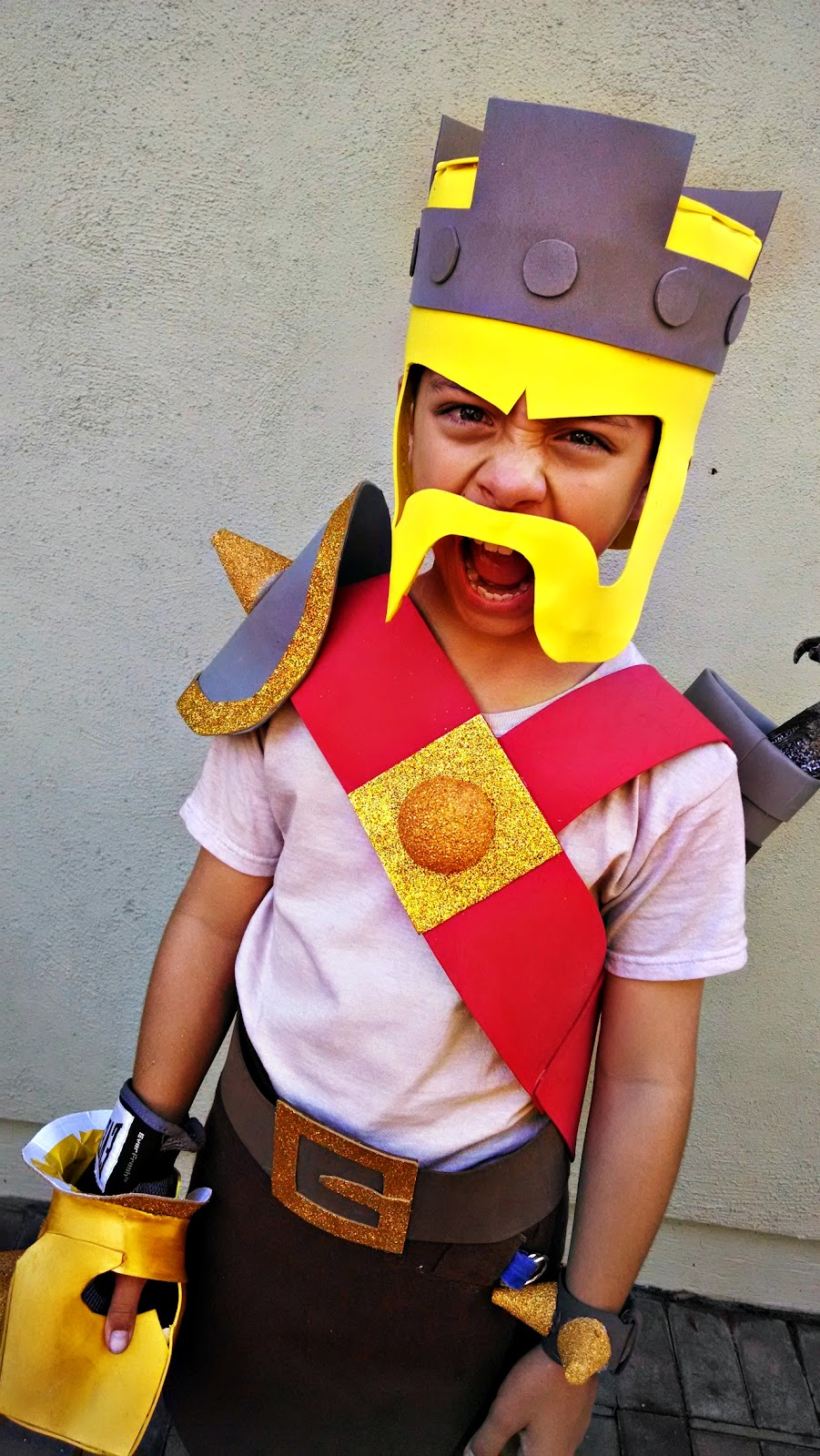 BonggaMom: Halloween Costume Watch 2014: Clash of Clans Barbarian King