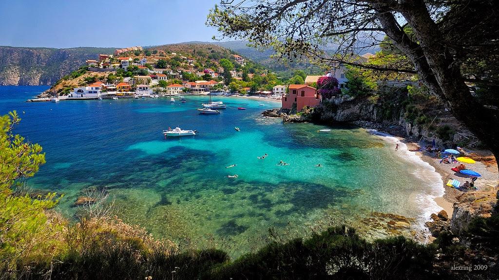 Niriides hotel appartamenti studios in affitto asos for Case in affitto grecia sul mare