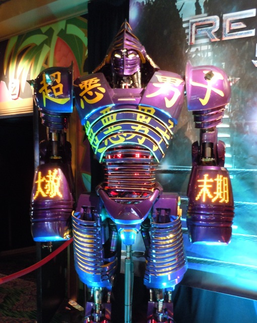 Real Steel Noisy Boy robot