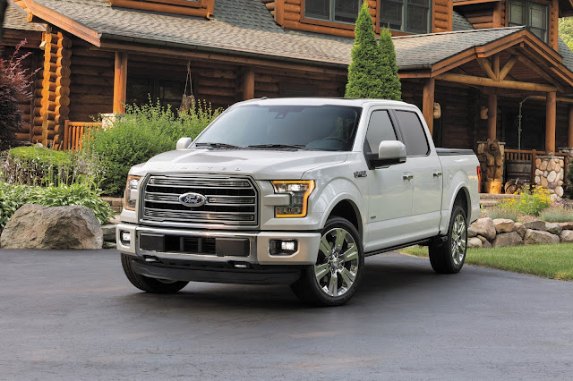 Front 3/4 view of 2016 Ford F-150