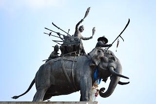 อนุสรณ์ดอนเจดีย์ แหล่งท่องเที่ยว เมืองสุพรรณบุรี
