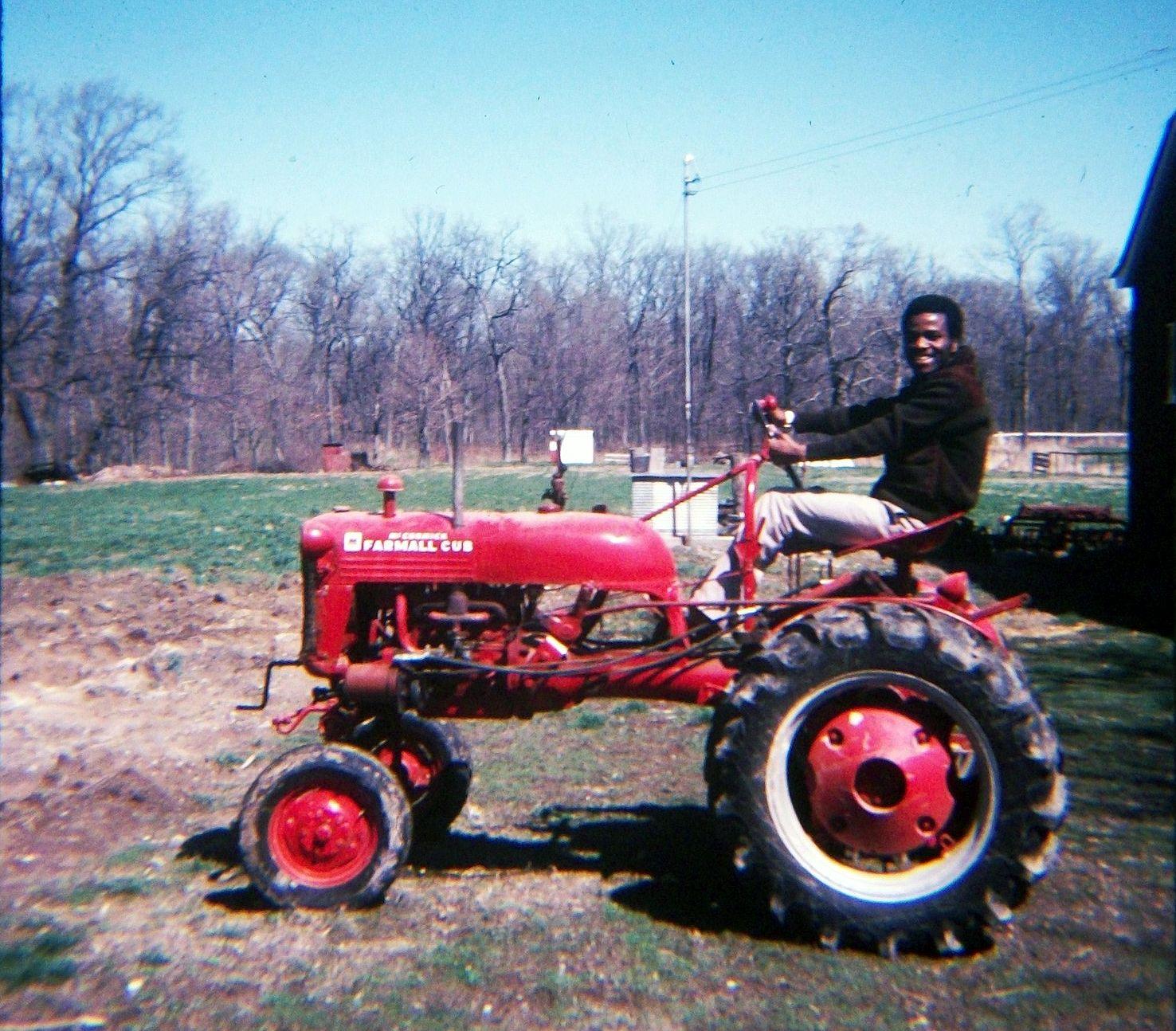 International Harvester Cub Tractor : Transpress nz international harvester farmall cub tractor
