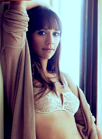 Rashida Jones Pictures, Latest News, Videos. - AceShowBiz