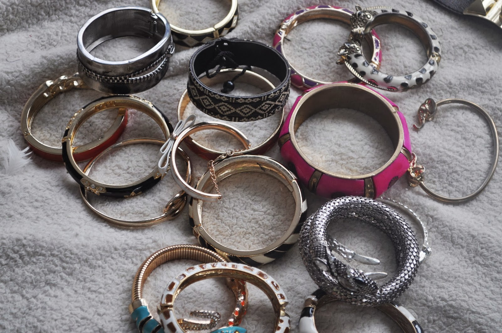 Blog Ust Day 16 Moving Cross Country Jewelry Packing Tips And Tricks All Size Fits One