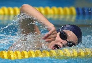 NATACIÓN-Claudia Daca logra tres bronces en el Mundial Junior