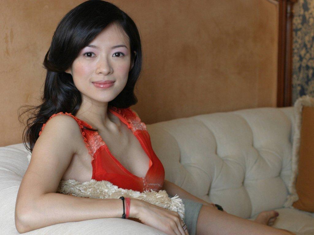 http://4.bp.blogspot.com/-w6zwkBT8hgU/Thlf6Ug-M0I/AAAAAAAACt0/FevppVvlvnk/s1600/Zhang+Ziyi_13229.jpg