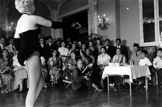Soekarno dan striptease,  yang tak pernah terungkap...!!!| http://indonesiatanahairku-indonesia.blogspot.com/